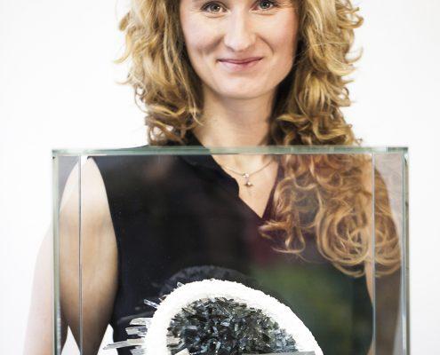 Lea Schulz-Dievenow, Profilbild, Kunstobjekt crystal druse