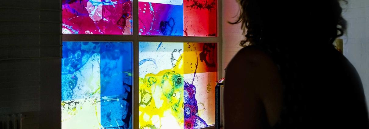 Glaskunst für die Johannesgemeinde Emden